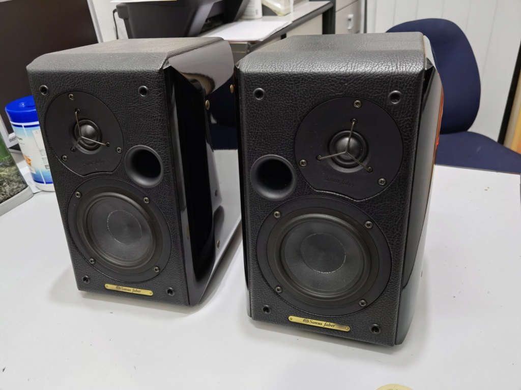 Sonus faber concertino (used) sold Img_2083