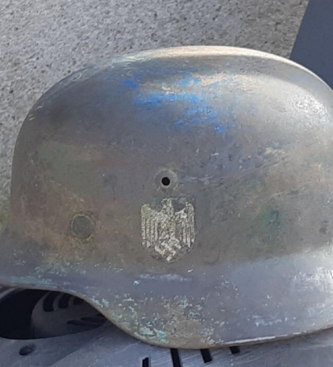 Besoin d'aide pour estimation de deux casques allemand 20210511
