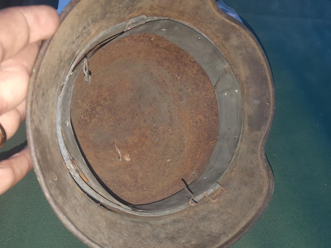 Besoin d'aide pour estimation de deux casques allemand Resize10