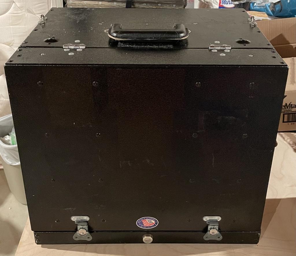 SOLD - Strong Case 4 Gun Box 5bf99e10