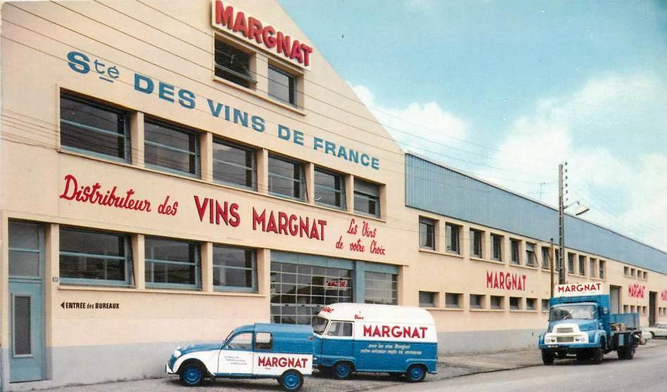 Photos et cartes postale 2cv camionnette  - Page 13 Margna10