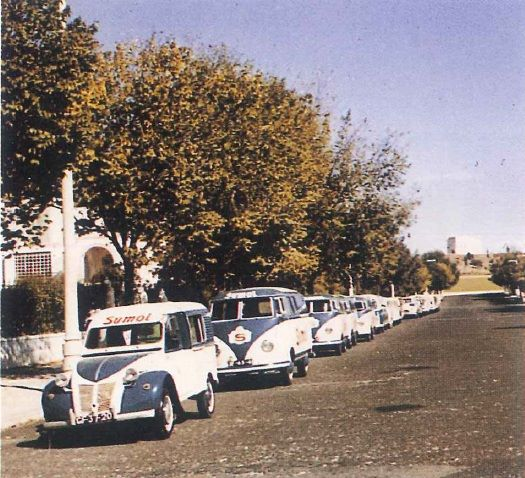 Photos et cartes postale 2cv camionnette  - Page 15 Sumol_13