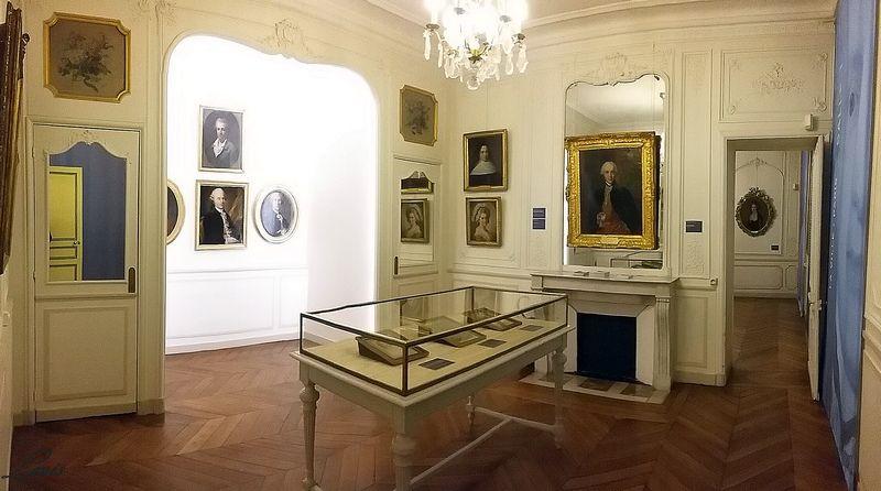 """Musée Lambinet : Exposition """"Cent portraits pour un siècle"""" 1a_la_10"""