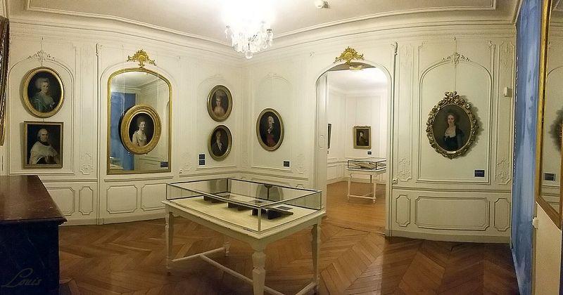 """Musée Lambinet : Exposition """"Cent portraits pour un siècle"""" 2a_la_10"""