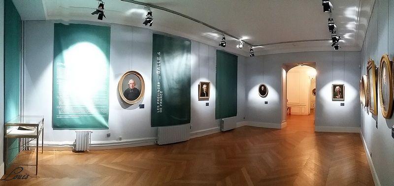 """Musée Lambinet : Exposition """"Cent portraits pour un siècle"""" 4b10"""