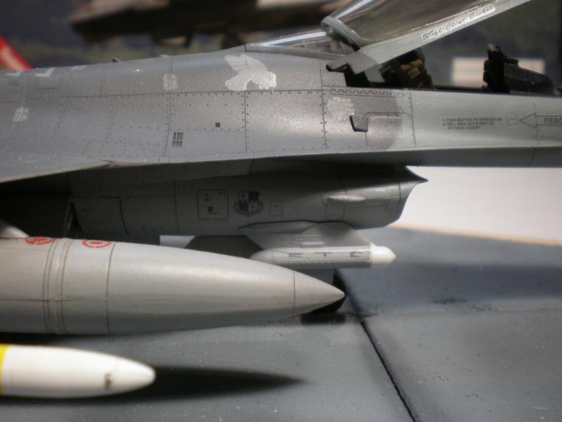 Lockheed Martin F-16 CJ Figthing Falcon Pb270720