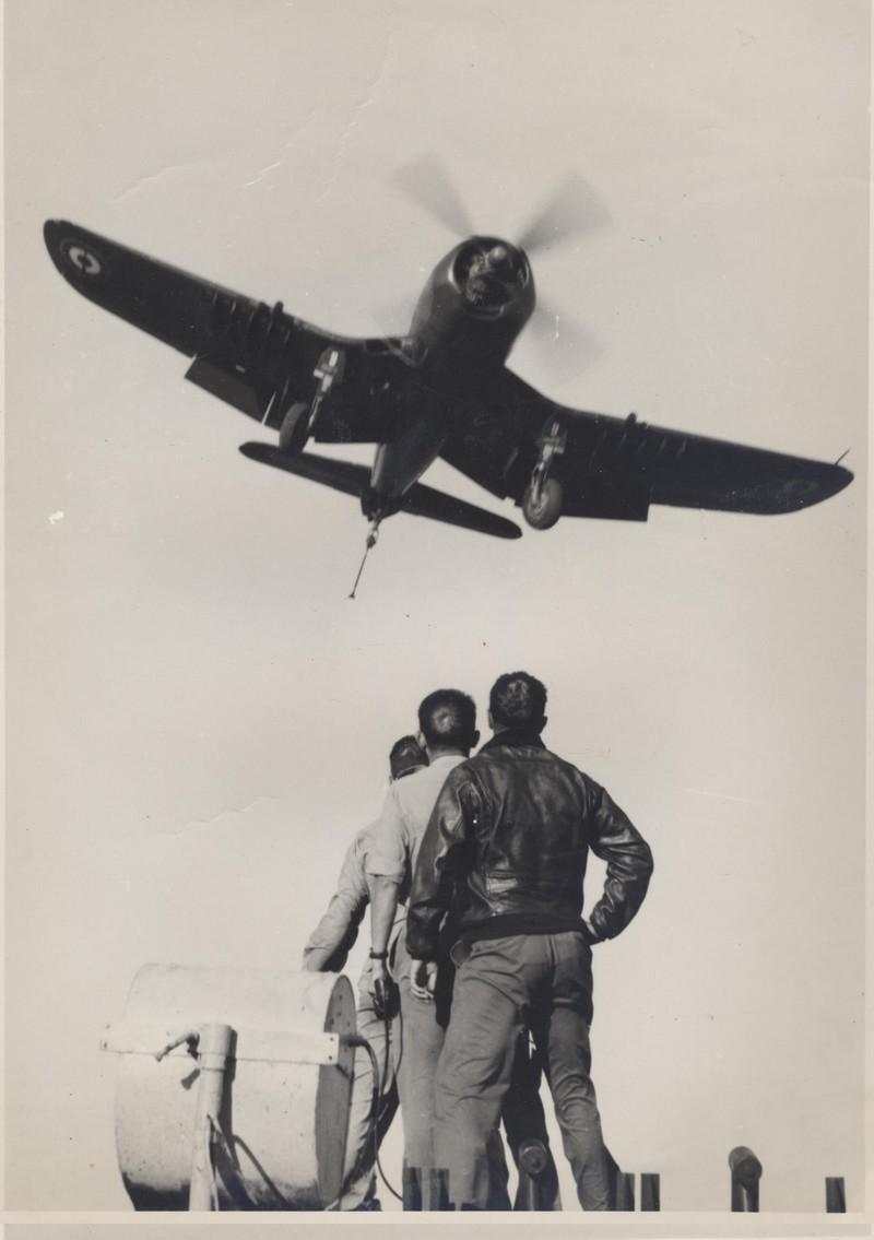 Carnet de Campagne de l'Arromanches 1953/1954 - Page 4 3f10