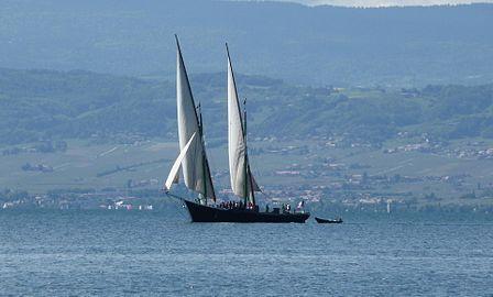 [ Marine à voile ] L'ESPERANCE III  Lac d'Annecy La_sav10