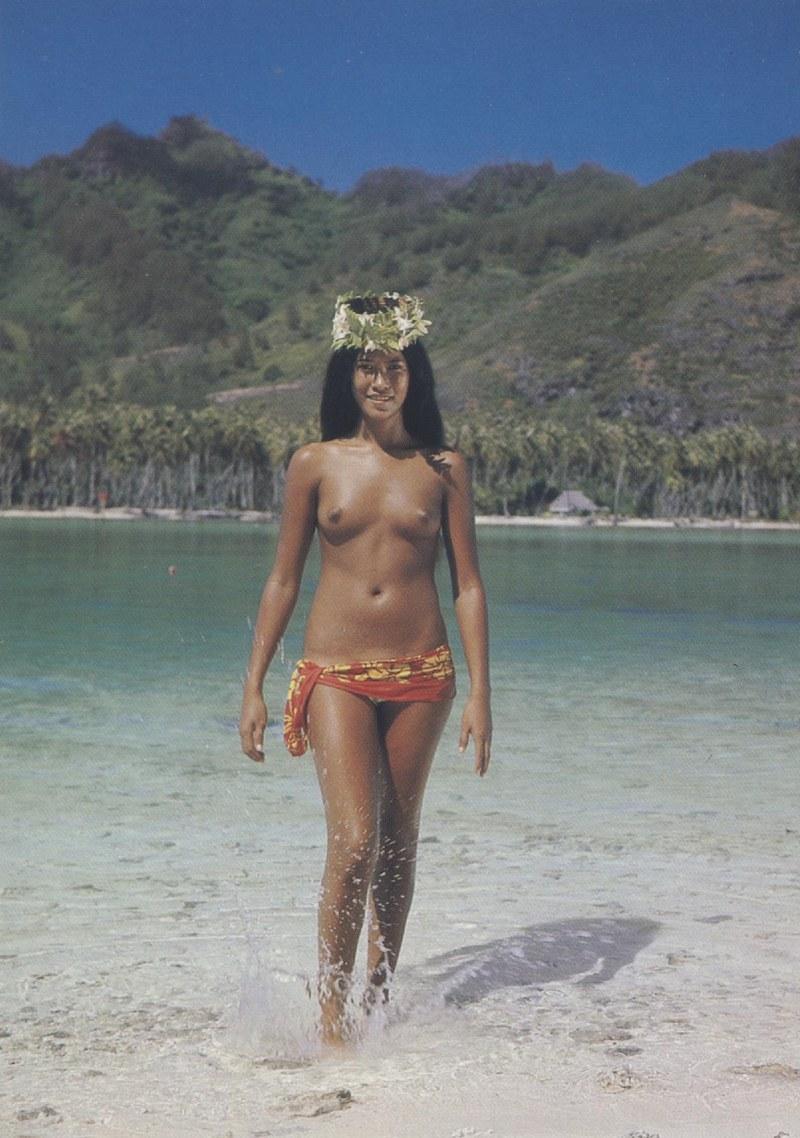 [Papeete] PAPEETE HIER ET AUJOURD'HUI - TOME 3 - Page 11 Tahiti23