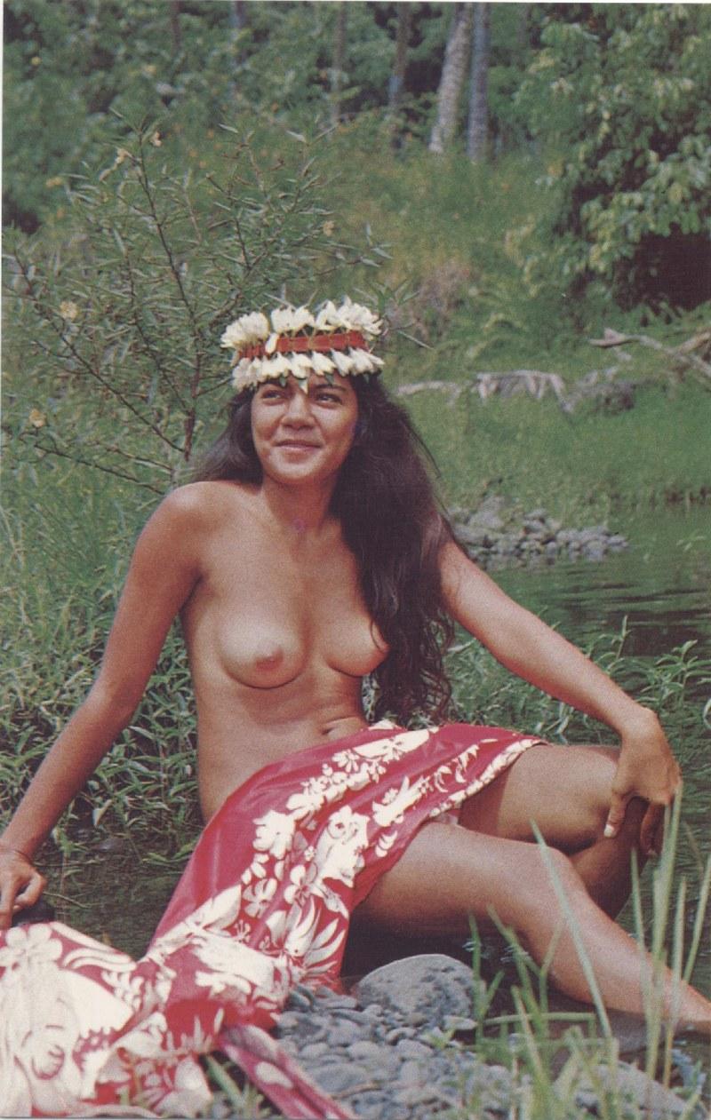 [Papeete] PAPEETE HIER ET AUJOURD'HUI - TOME 3 - Page 11 Tahiti33