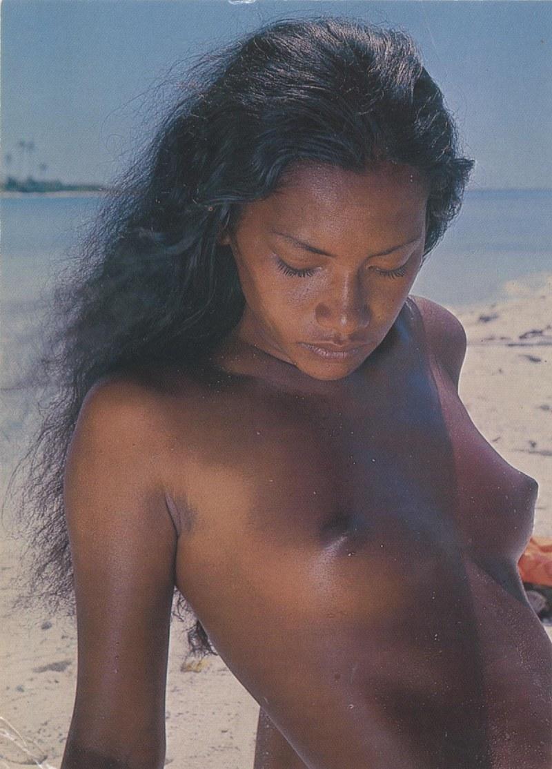 [Papeete] PAPEETE HIER ET AUJOURD'HUI - TOME 3 - Page 11 Tahiti35