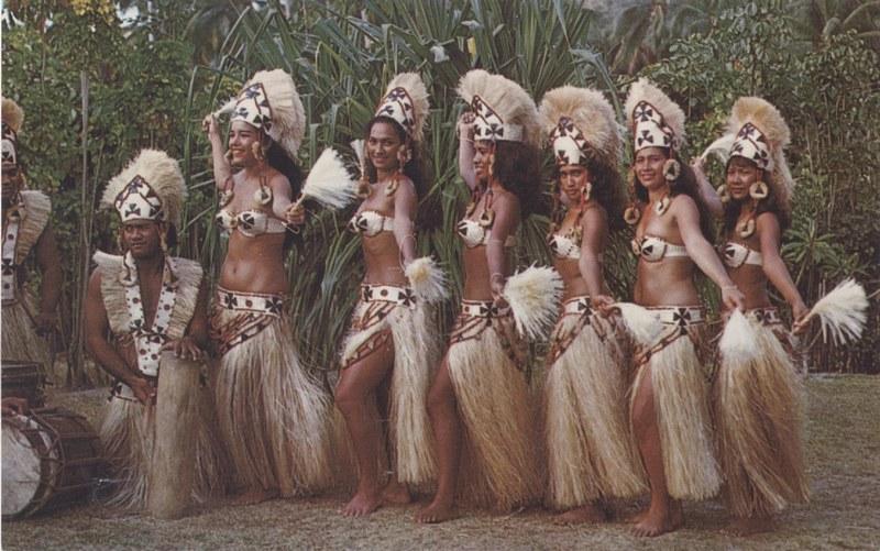 [Papeete] PAPEETE HIER ET AUJOURD'HUI - TOME 3 - Page 12 Tahiti40