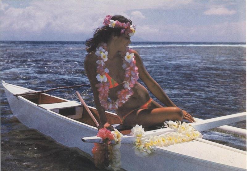[Papeete] PAPEETE HIER ET AUJOURD'HUI - TOME 3 - Page 12 Tahiti44