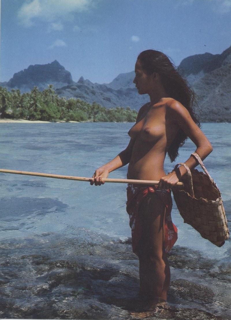[Papeete] PAPEETE HIER ET AUJOURD'HUI - TOME 3 - Page 12 Tahiti45