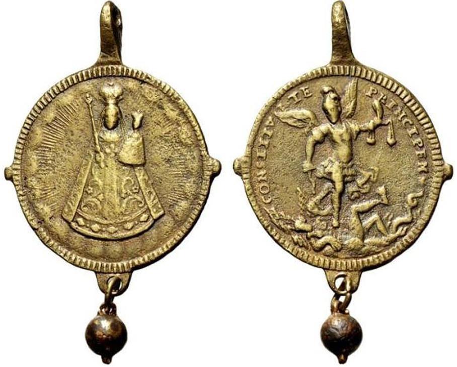 Médaille de l'abbaye d'Einsiedeln avec Saint Michel  XVIII eme 42276210