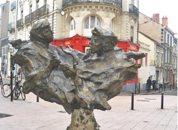 Fontaine du dialogue - Angers - Maine et Loire - France 110
