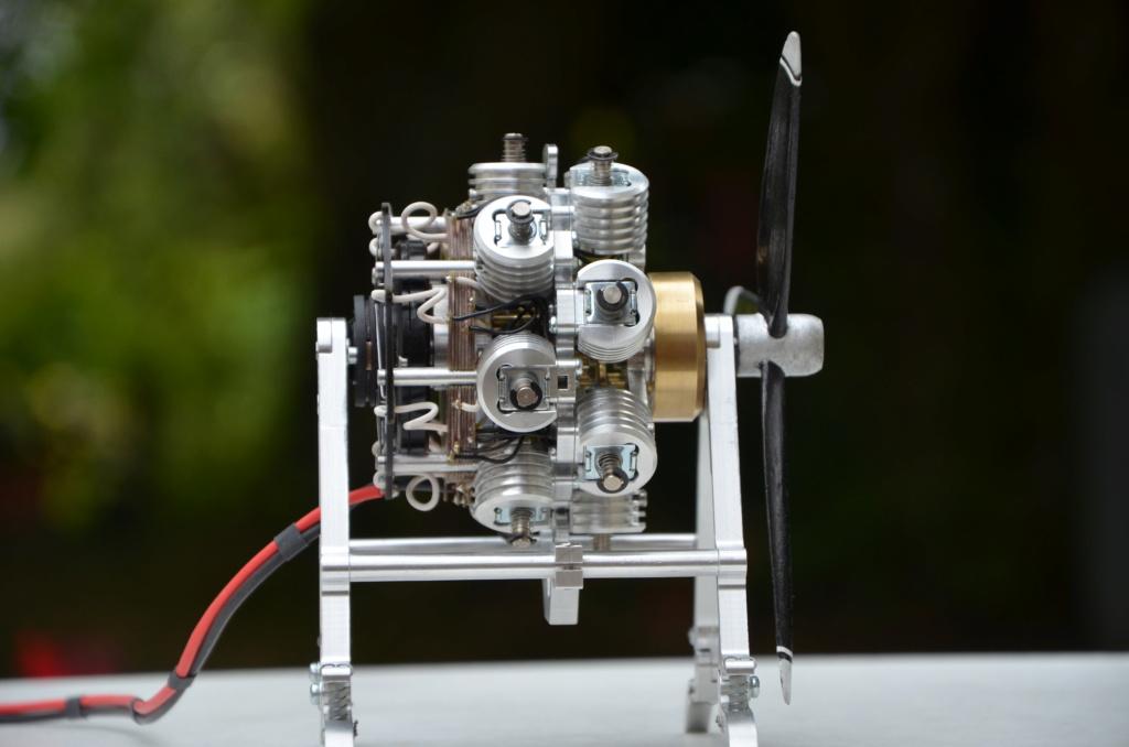 Moteur double-étoile à électro-aimants Ed14_m36