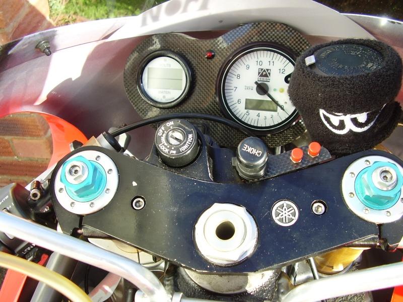 Yamaha 750 YZF  2ahd1u10