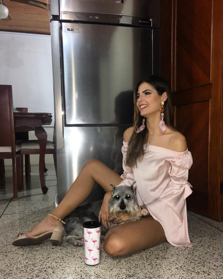 Anabella Castro Sierra (COLOMBIA INTERNATIONAL 2018) 27545010
