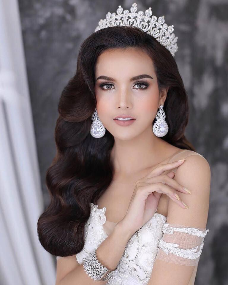 PAGEANT MANIA - MISS UNIVERSE 2018 * POST - ARRIVAL HOT PICKS* 40074210