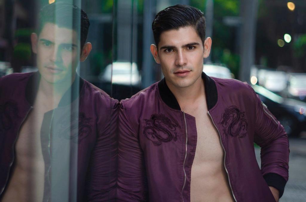 Alejandro Garcia (MEXICO 2018) 41679710