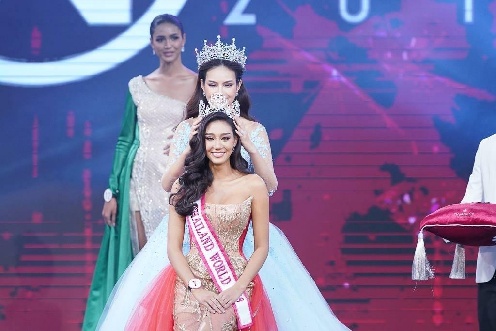 Nicolene Pichapa Limsnukan (THAILAND 2018) - Page 2 42044910