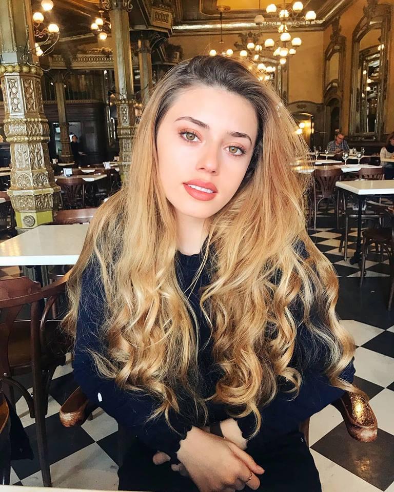 Amaia Izar Leache (SPAIN 2018) 42229910