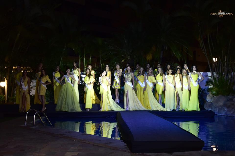 Reina Hispanoamericana 2018 44533011