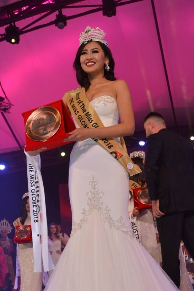MISS GLOBE 2018 is CHINA - Page 3 44573111