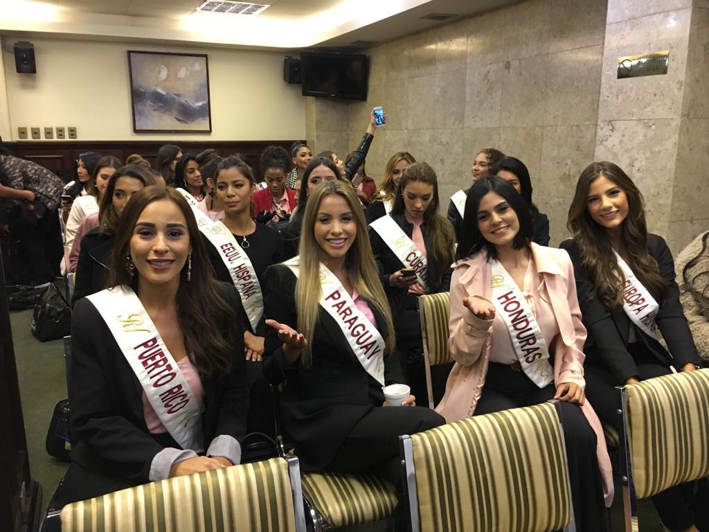 Reina Hispanoamericana 2018 44873710