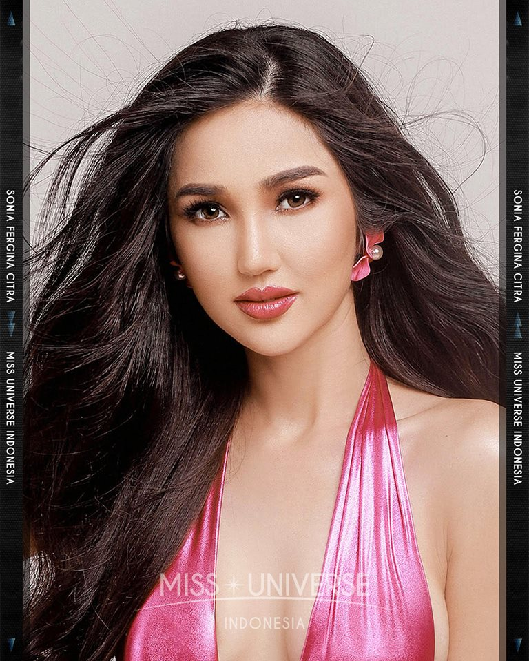© PAGEANT MANIA © MISS UNIVERSE 2018 - OFFICIAL COVERAGE Finals 45498011