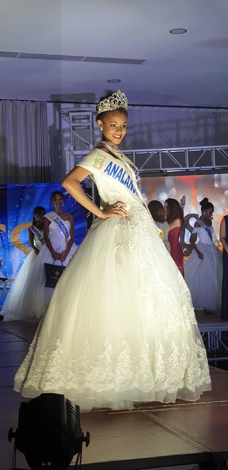 Valeria Mlle Binguira  (MADAGASCAR 2019) 47224410