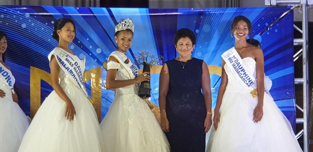 Valeria Mlle Binguira  (MADAGASCAR 2019) 47297111