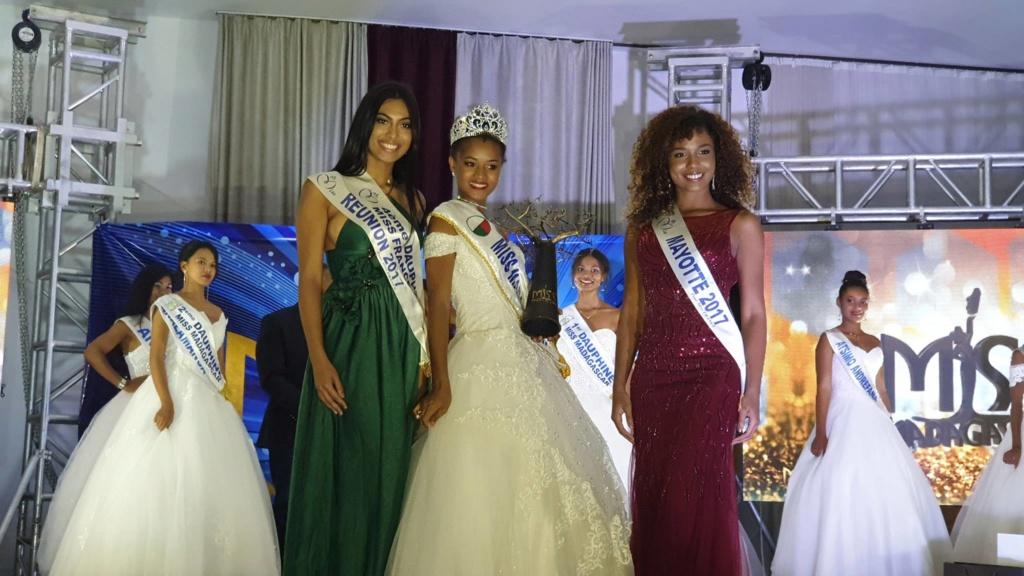 Valeria Mlle Binguira  (MADAGASCAR 2019) 47350610