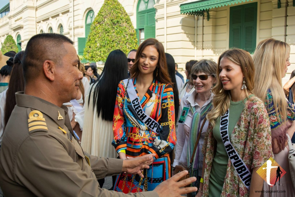 © PAGEANT MANIA © MISS UNIVERSE 2018 - OFFICIAL COVERAGE Finals - Page 35 47577310