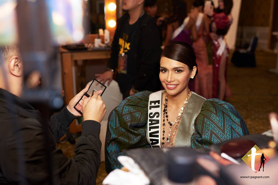 © PAGEANT MANIA © MISS UNIVERSE 2018 - OFFICIAL COVERAGE Finals - Page 38 47684013