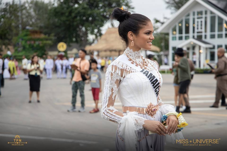 © PAGEANT MANIA © MISS UNIVERSE 2018 - OFFICIAL COVERAGE Finals - Page 39 48046410