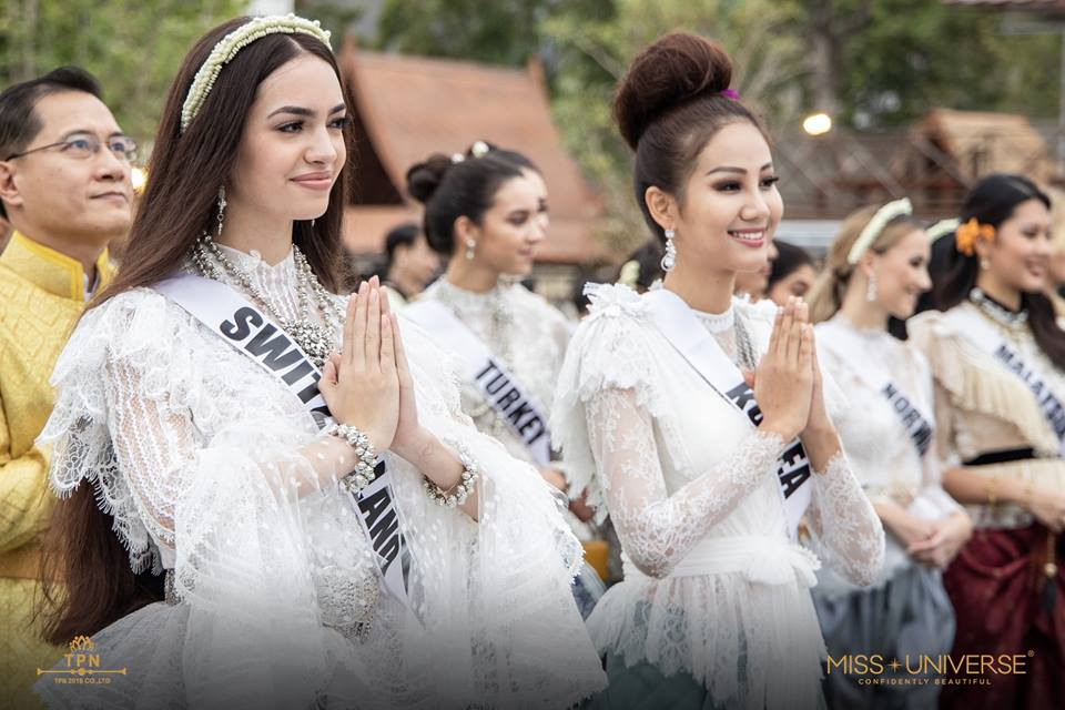 © PAGEANT MANIA © MISS UNIVERSE 2018 - OFFICIAL COVERAGE Finals - Page 38 48056212