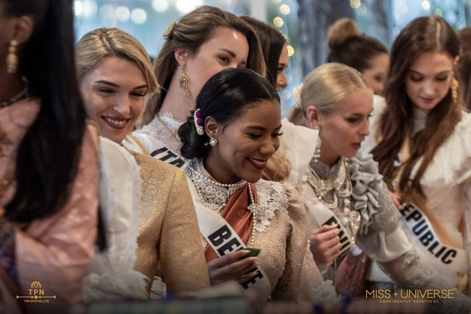© PAGEANT MANIA © MISS UNIVERSE 2018 - OFFICIAL COVERAGE Finals - Page 38 48275010