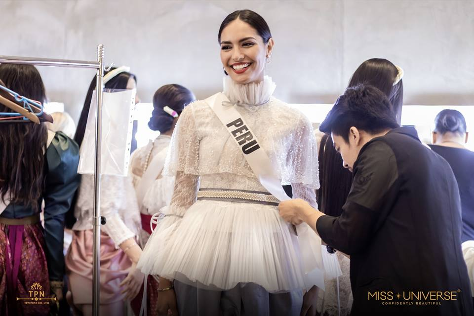 © PAGEANT MANIA © MISS UNIVERSE 2018 - OFFICIAL COVERAGE Finals - Page 39 48356210
