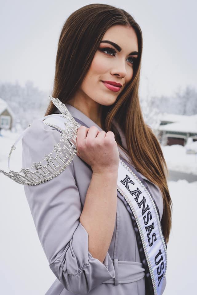 Alyssa Klinzing  (KANSAS 2019) 49761511
