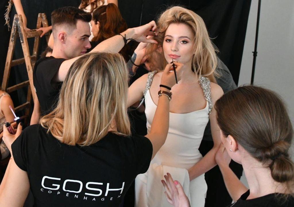 Miss Slovensko 2019 is Frederika Kurtulikova - Page 2 52094011