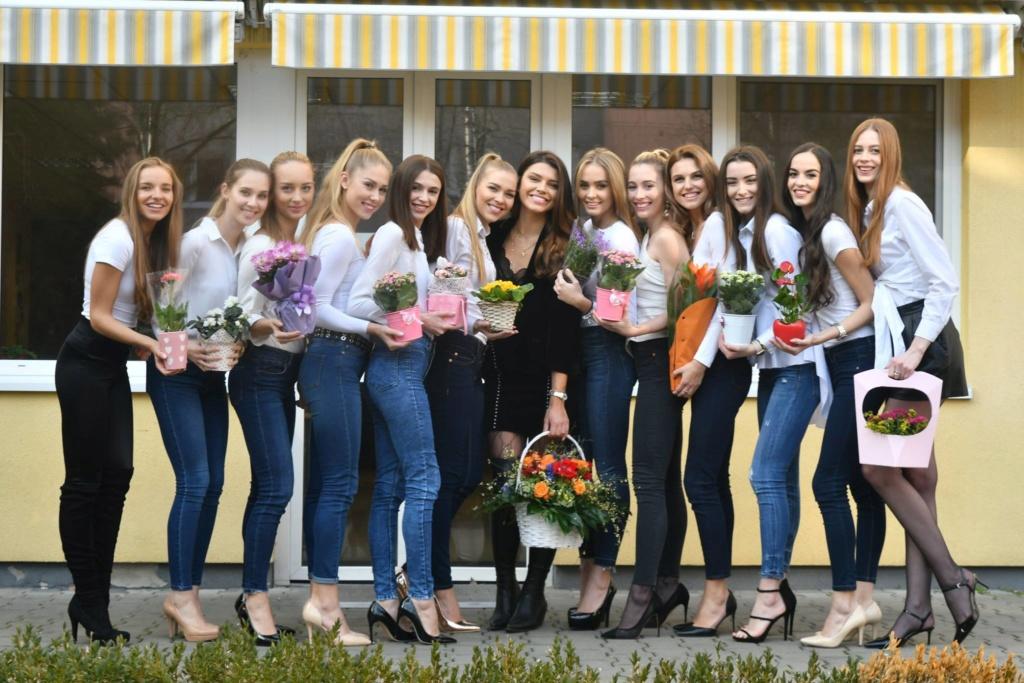 Miss Slovensko 2019 is Frederika Kurtulikova - Page 2 52647410