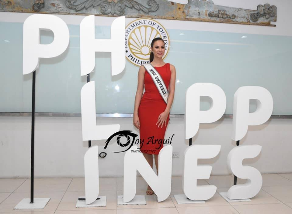 ♔ The Official Thread of MISS UNIVERSE® 2018 Catriona Gray of Philippines ♔ - Page 12 52819912