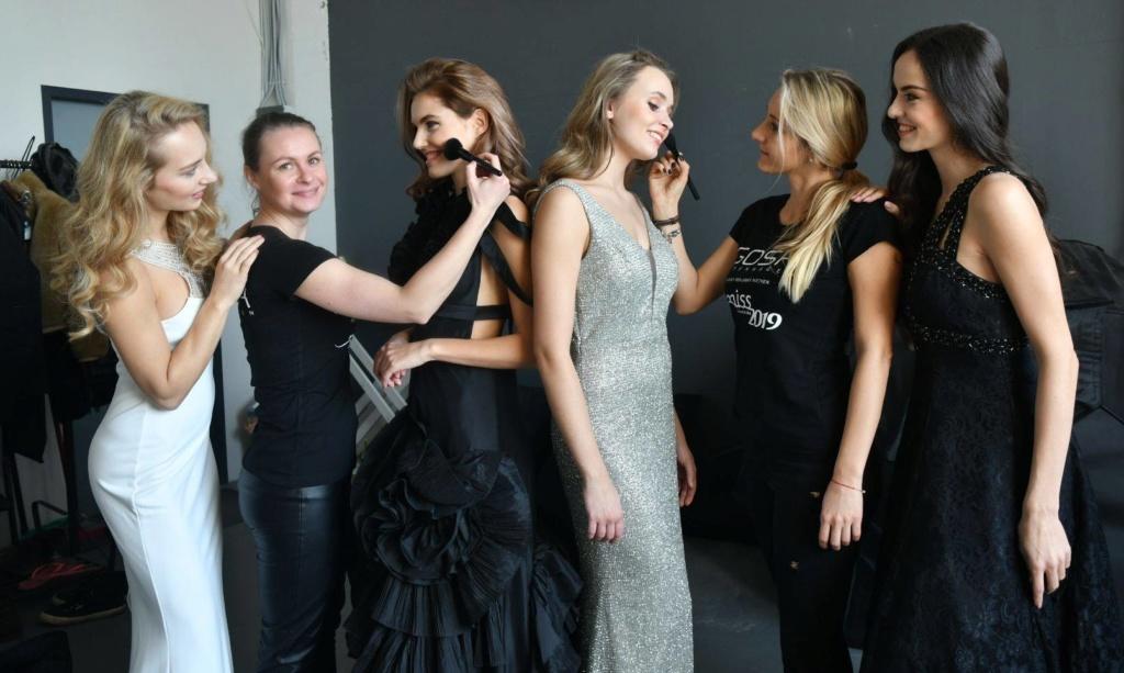 Miss Slovensko 2019 is Frederika Kurtulikova - Page 2 52840212