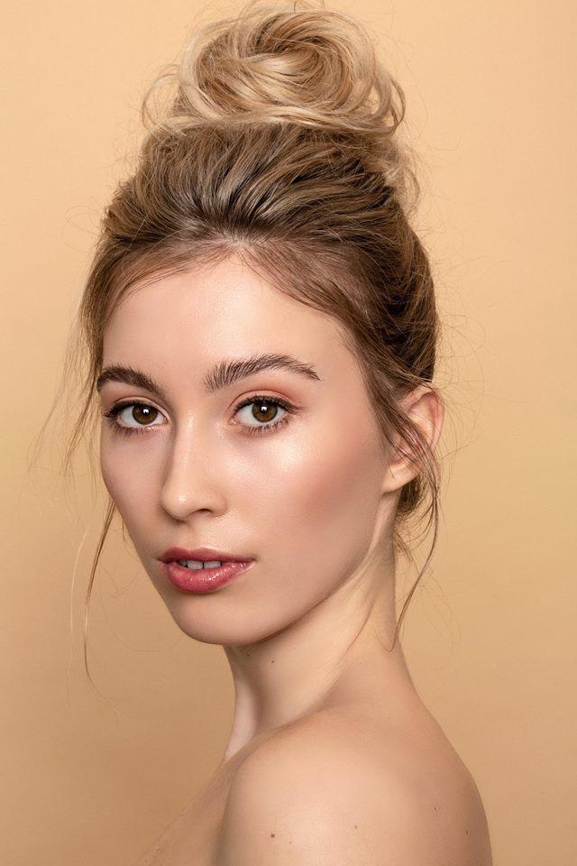 Miss Slovensko 2019 is Frederika Kurtulikova - Page 4 5350