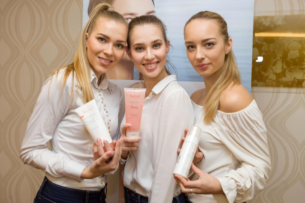 Miss Slovensko 2019 is Frederika Kurtulikova - Page 2 53970410