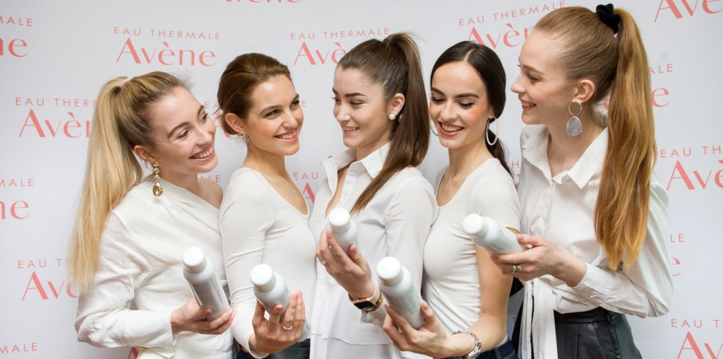Miss Slovensko 2019 is Frederika Kurtulikova - Page 2 54255810