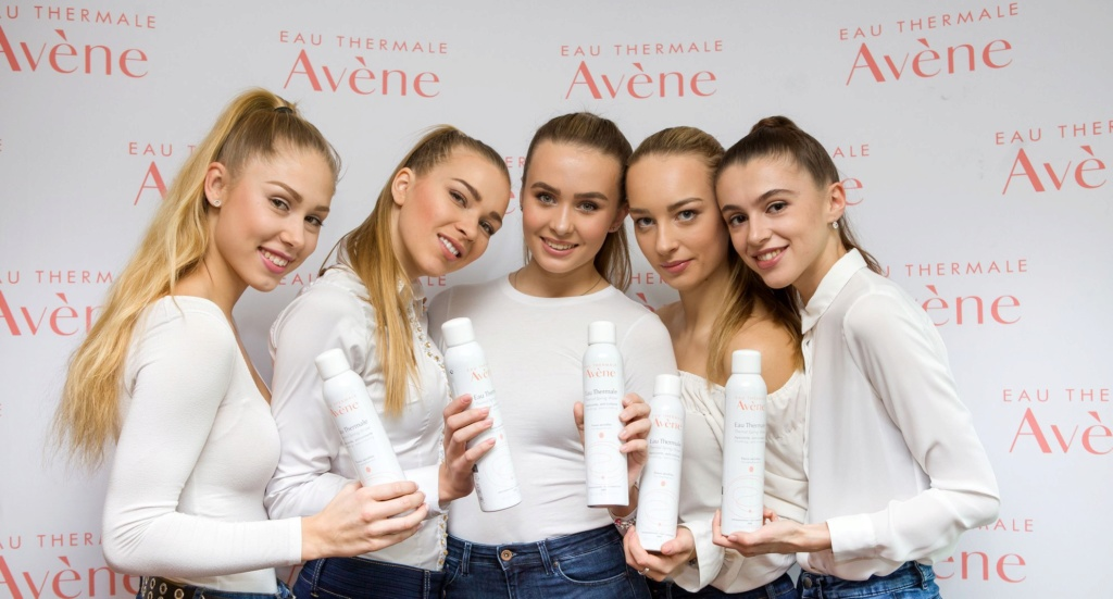 Miss Slovensko 2019 is Frederika Kurtulikova - Page 2 54267910