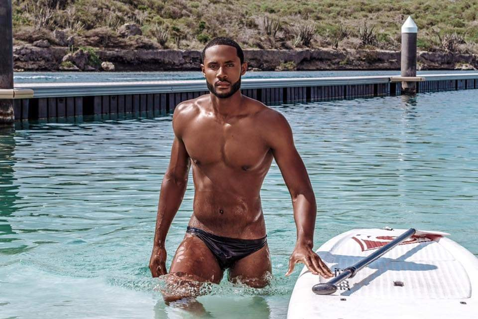 The Official thread of Men Universe 2018: Anthony Clarinda of Curaçao - Page 2 57543511